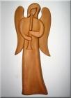 Anioł z trąbką, rzeźba z drewna