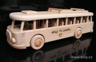 Autobus - zabawki z drewnia