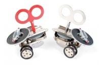 Jiskřící brouček Sparklz. Dětské hračky k vánocům na klíček.
