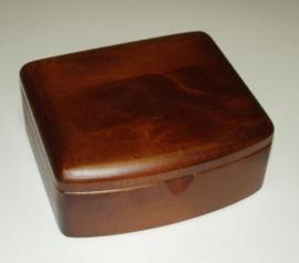 Szkatułka na biżuterię drewniana