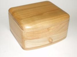Szkatułk na biżuterię drewniane