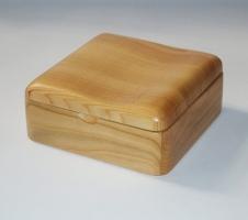 Drewniane pudełka z biżuterią Brusy