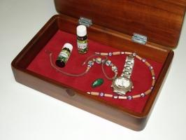 Pudełka na biżuterię, ciemna