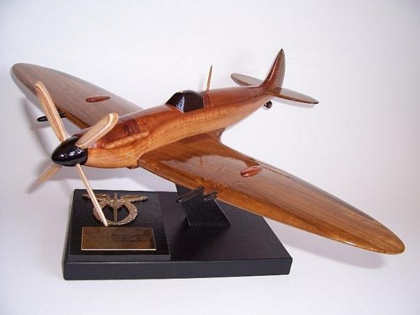 Model samolotu Spitfire Supermarine Spitfire Mk IX ESA