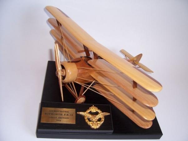 Drewniany model Armstrong-Whitworth FK.10 – samolot brytyjski