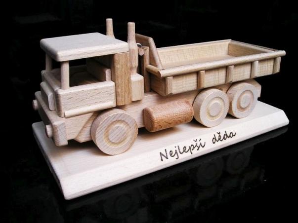 Ciężarówka prezent urodzinowy dla mężczyzn