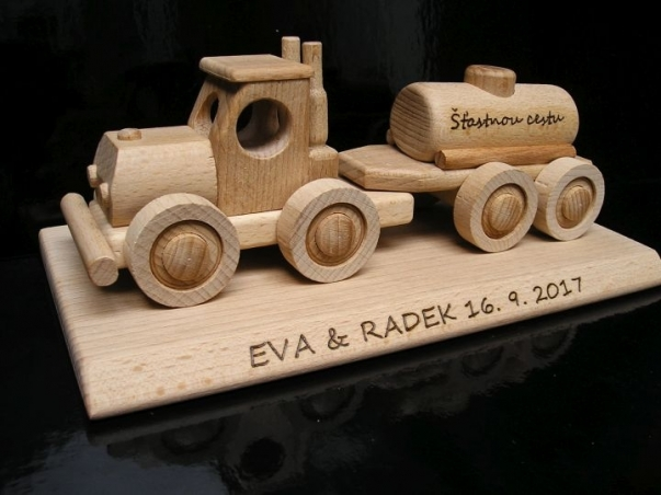 Samochód cysterna Ciężarówka  prezent