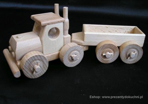 Ciężarówka zabawka z drewna z przyczepą