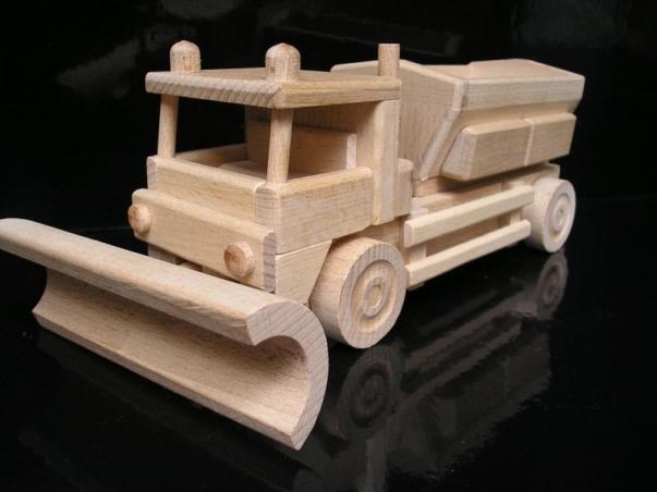 Pług śnieżny drewniana zabawka