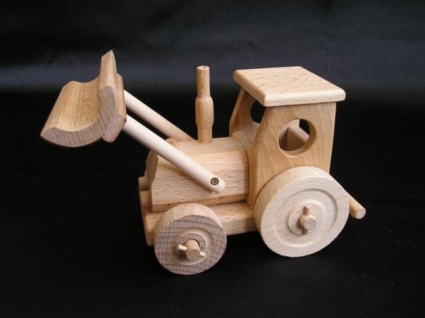 Traktor z lemieszem, zabawka