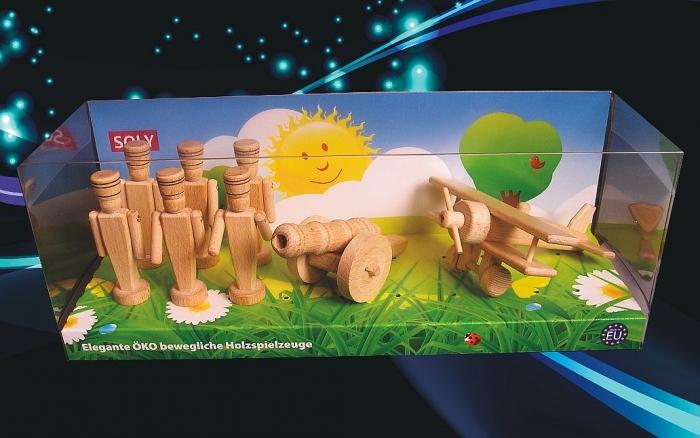retro-drewniane-zabawki