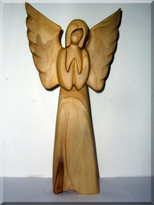 Anioły statuetki