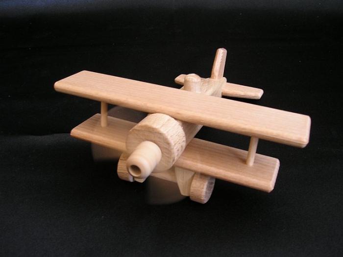 zabawki-dla-chlopcow-samolocik-dwuplatowy