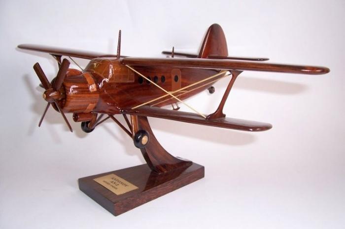 AN 2 Antonov model samolotu