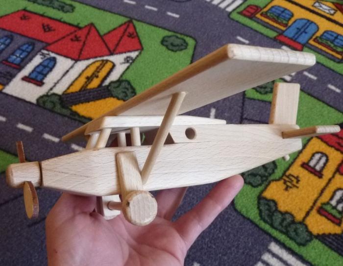 pilatus-samolot-zabawka
