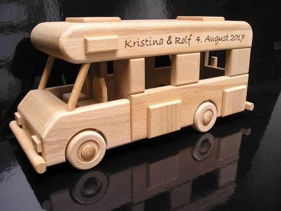 Samochód kempingowy, zabawki dla..
