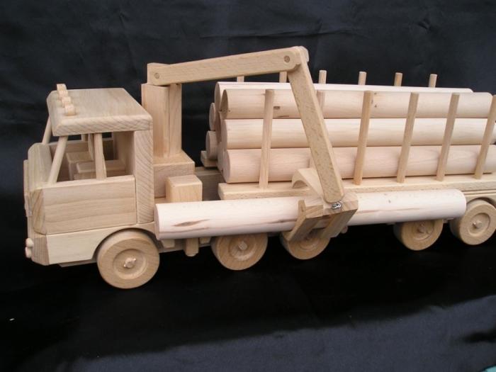 Ciężarówka, ciężarówka z przyczepą prezent