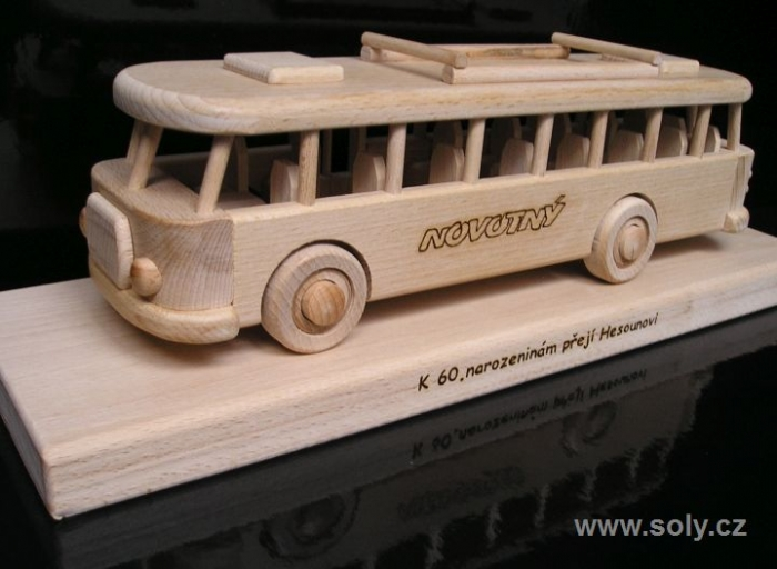 Prezent, autobus na 40, 50, 60 urodzin