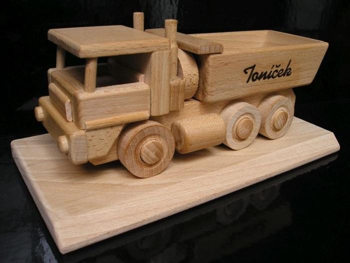 Prezent dla mężczyzny, urodziny ciężarówkA