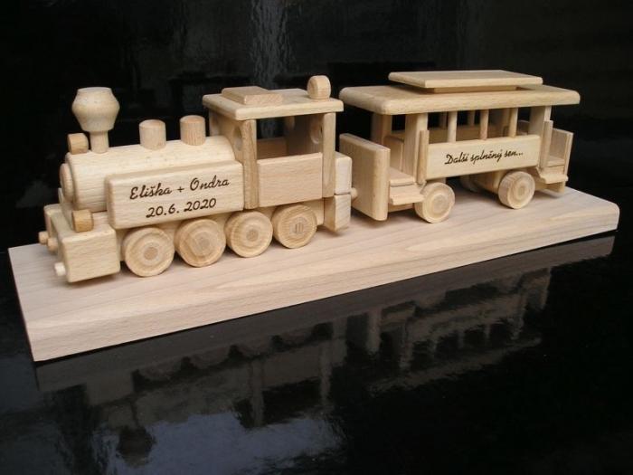 Prezent | lokomotywa | pociąg