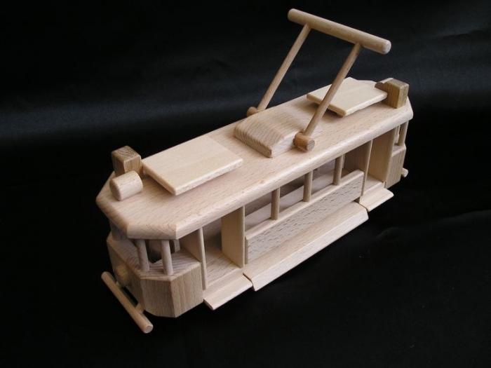 drewniane-modele-tramwajowe